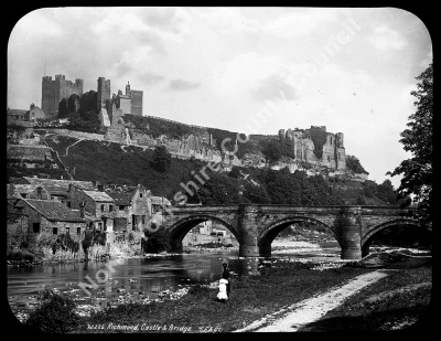 Richmond Castle & Bridge